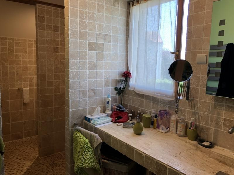 Revenda casa Sainville 239000€ - Fotografia 8