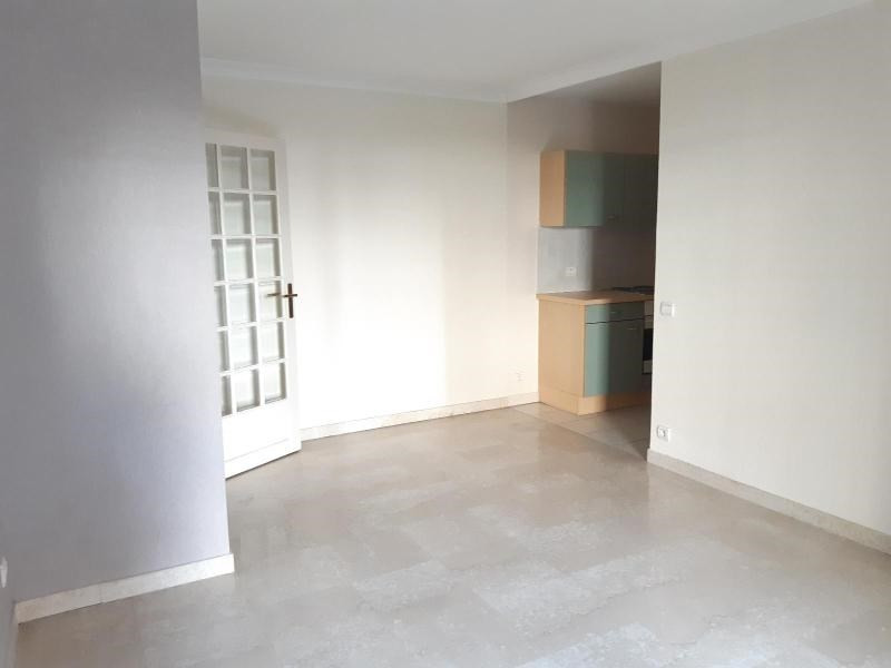 Location appartement Grenoble 669€ CC - Photo 4