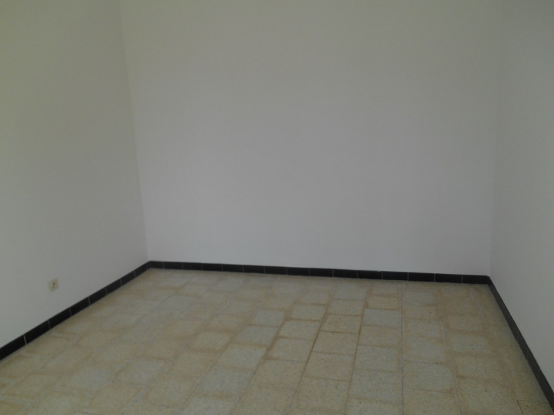 Location maison / villa La brède 817€ CC - Photo 11
