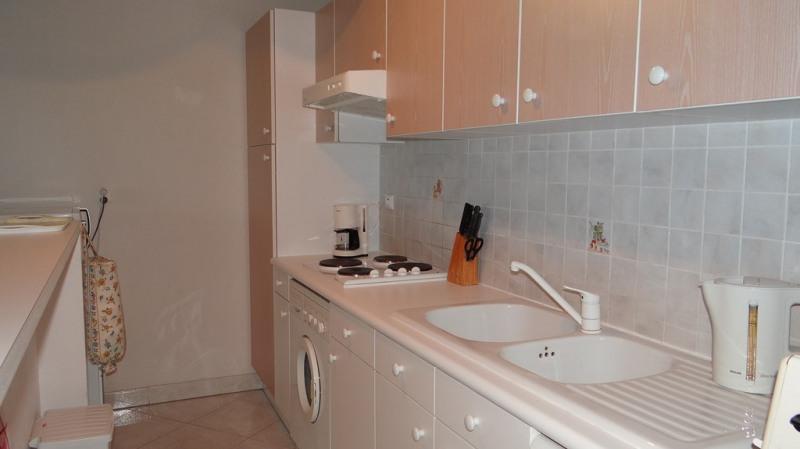 Vacation rental apartment Cavalaire sur mer 800€ - Picture 9
