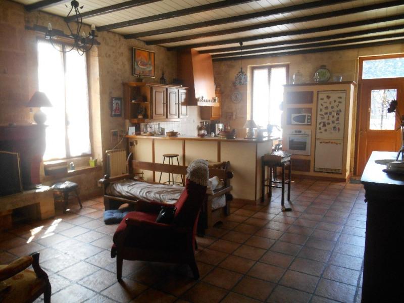 Sale house / villa Ayguemorte les graves 292000€ - Picture 2