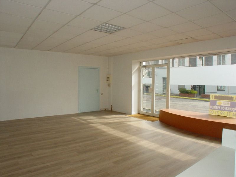 Rental empty room/storage Montfaucon en velay 350€ CC - Picture 4