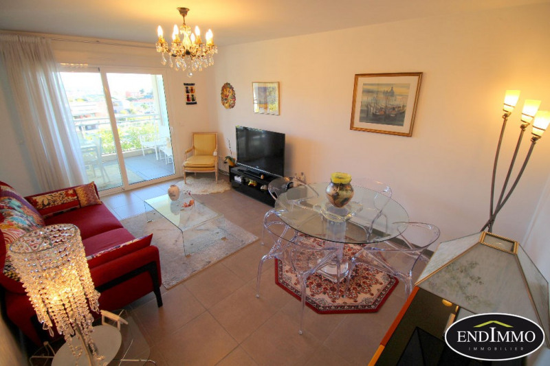 Sale apartment Saint laurent du var 275 000€ - Picture 2