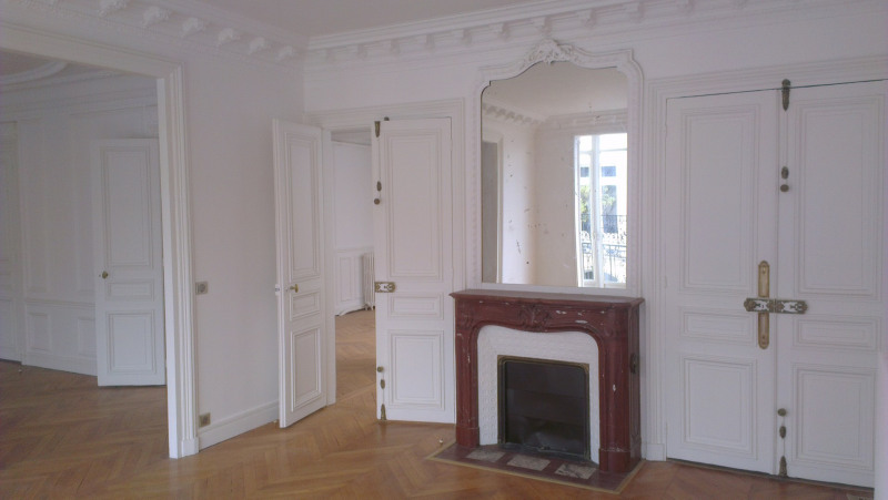 Location appartement Paris 17ème 5 690€ CC - Photo 1