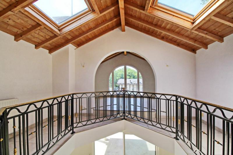 Deluxe sale house / villa Vetraz monthoux 657000€ - Picture 2
