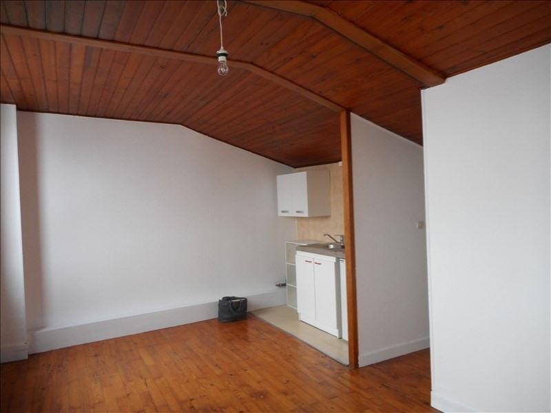 Affitto appartamento Voiron 296€ CC - Fotografia 2