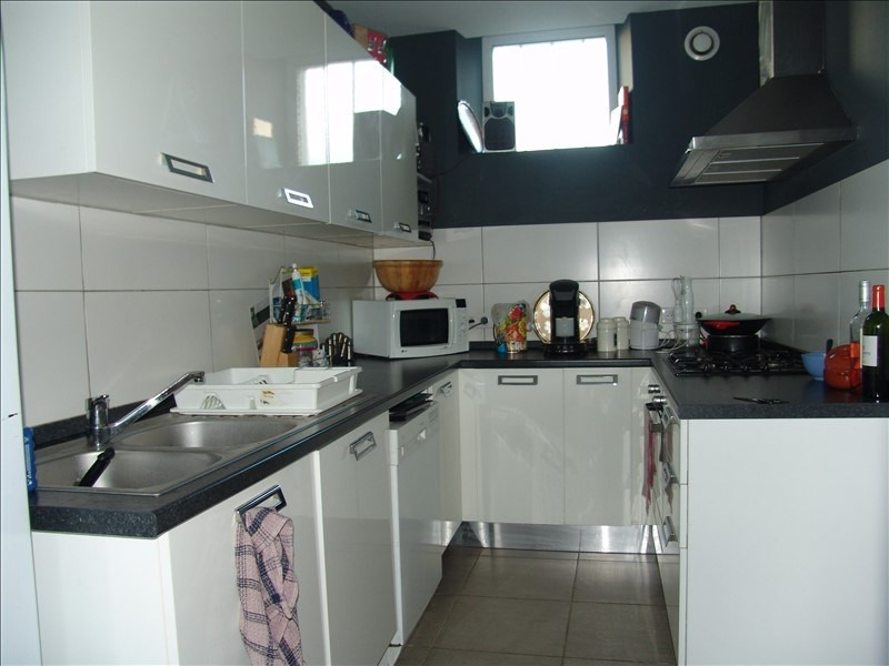 Rental house / villa Bizanos 1 200€ CC - Picture 3