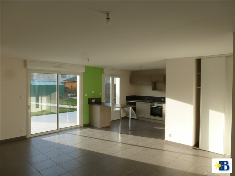 Location maison / villa Chatellerault 663€ CC - Photo 4