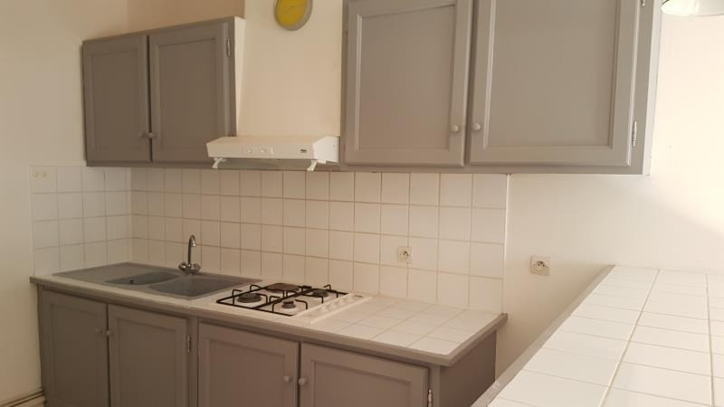 Rental apartment Carcassonne 380€ CC - Picture 2
