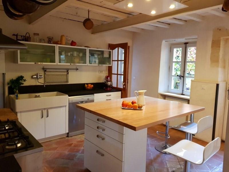 Sale house / villa Vallabrègues 299000€ - Picture 5