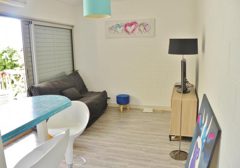 Vacation rental apartment La saline les bains 460€ - Picture 1