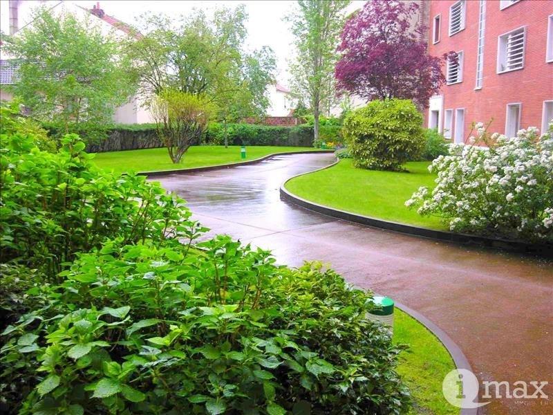 Sale apartment Courbevoie 200000€ - Picture 1