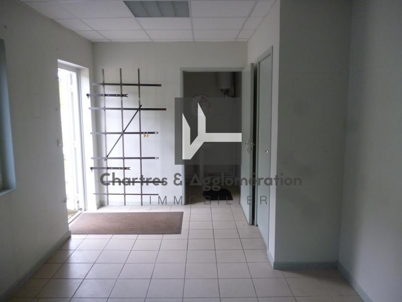 Location local commercial Chartres 1800€ HT/HC - Photo 5