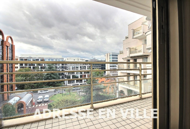 Sale apartment Levallois perret 395 000€ - Picture 1