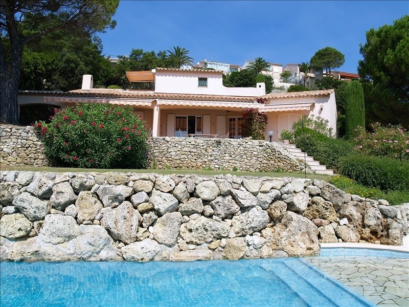 Deluxe sale house / villa Les issambres 1195000€ - Picture 2