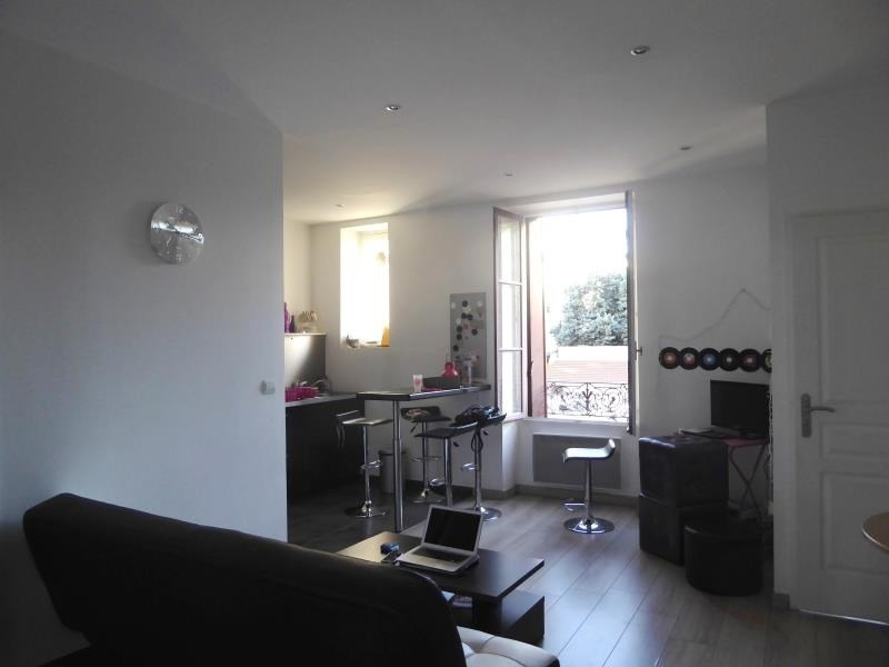 Sale apartment Lyon 8ème 159 000€ - Picture 2