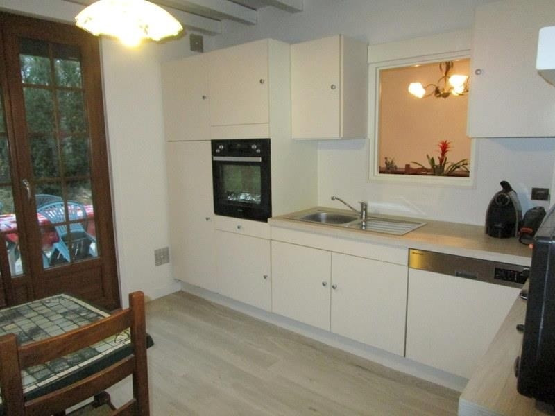 Sale house / villa Beauchamp 449500€ - Picture 4