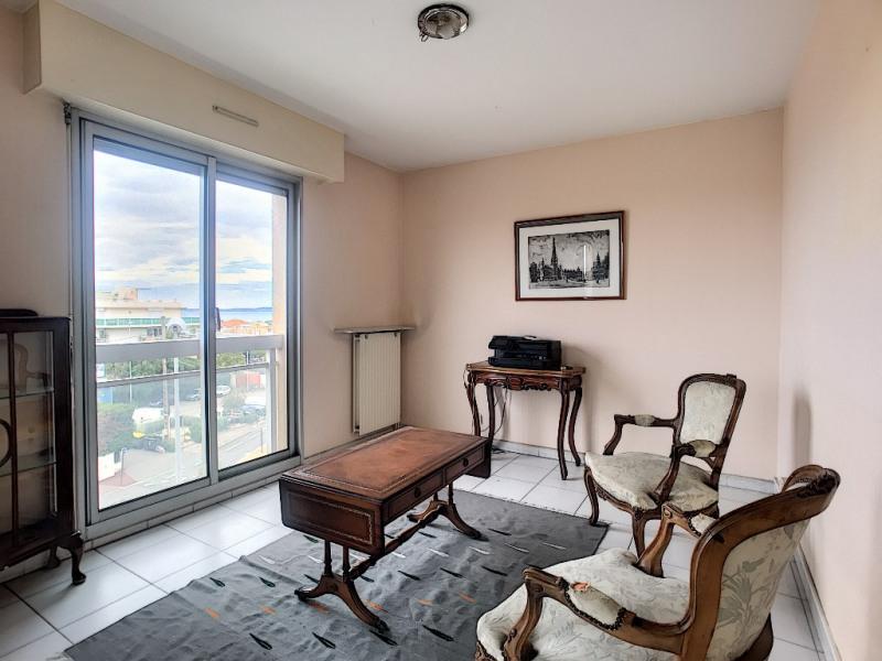 Sale apartment Saint laurent du var 289000€ - Picture 4