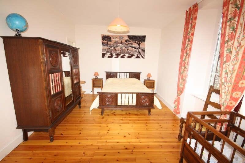 Sale house / villa Ancizan 262500€ - Picture 8