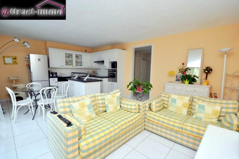 Sale apartment Breuillet 150000€ - Picture 1
