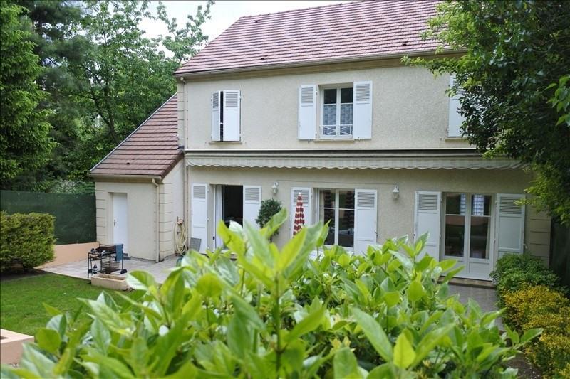 Sale house / villa St germain en laye 936000€ - Picture 1