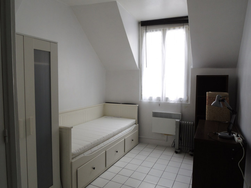 Rental apartment Paris 17ème 580€ CC - Picture 2