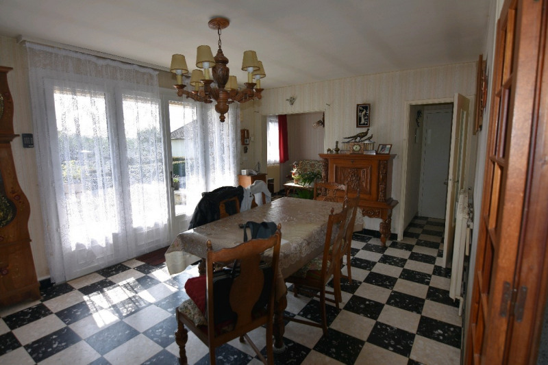 Sale house / villa Neuilly en thelle 279000€ - Picture 4