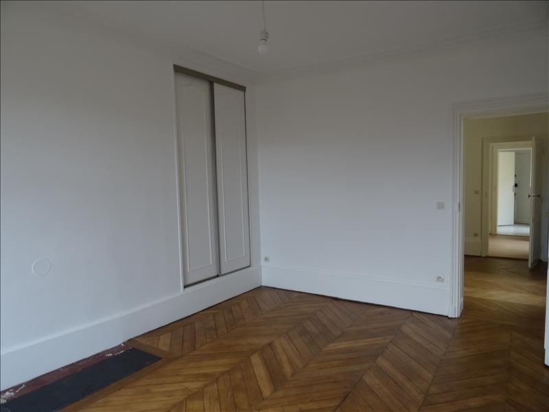 Location appartement Versailles 995€ CC - Photo 2