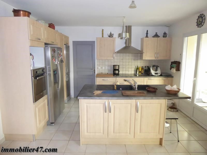 Sale house / villa Colayrac saint cirq 254 000€ - Picture 4