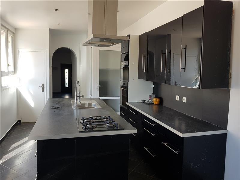 Sale house / villa St clair sur epte 242000€ - Picture 2