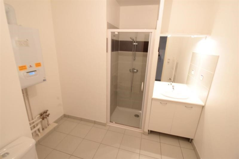Location appartement Saint-nazaire 506€ CC - Photo 5