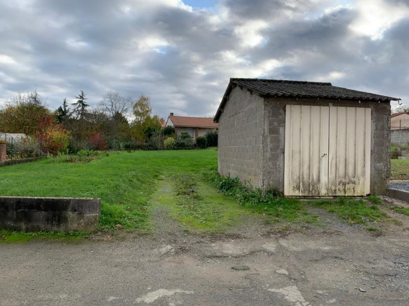 Sale house / villa Le puiset dore 75700€ - Picture 6