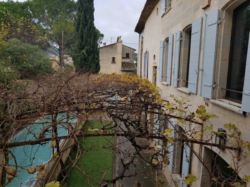 Location maison / villa Barbentane 2 200€ CC - Photo 1