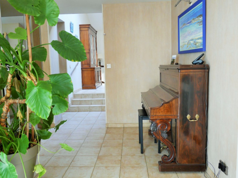Sale house / villa La ronde 192 400€ - Picture 4