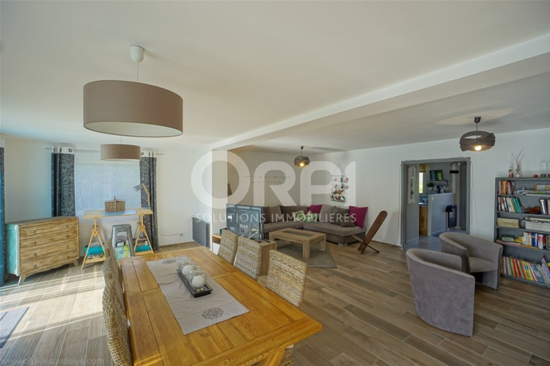 Sale house / villa Gaillon 232000€ - Picture 1
