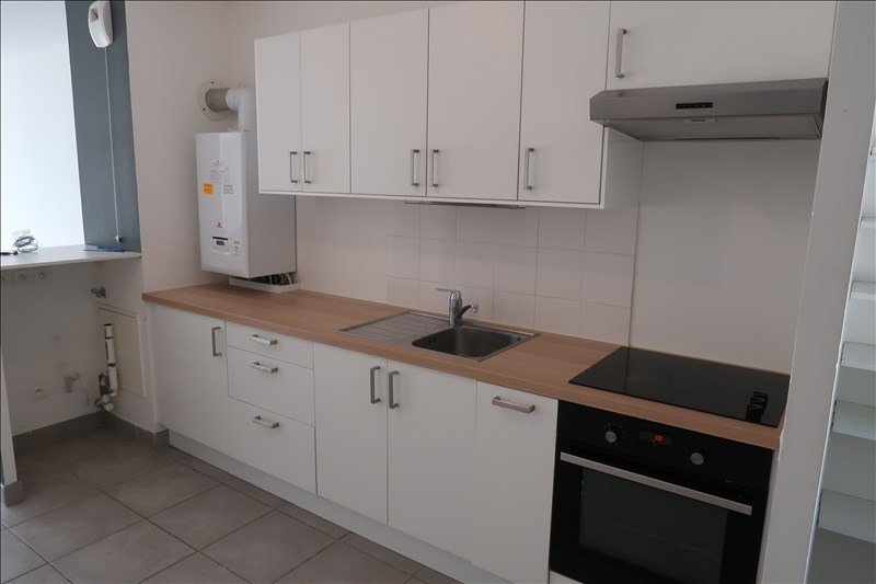 Location appartement Neuville sur saone 845€ CC - Photo 3