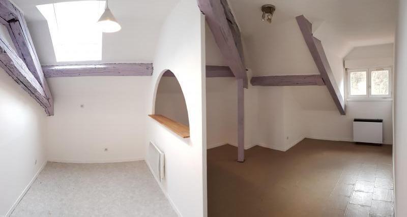 Location appartement Nantua 306€ CC - Photo 1