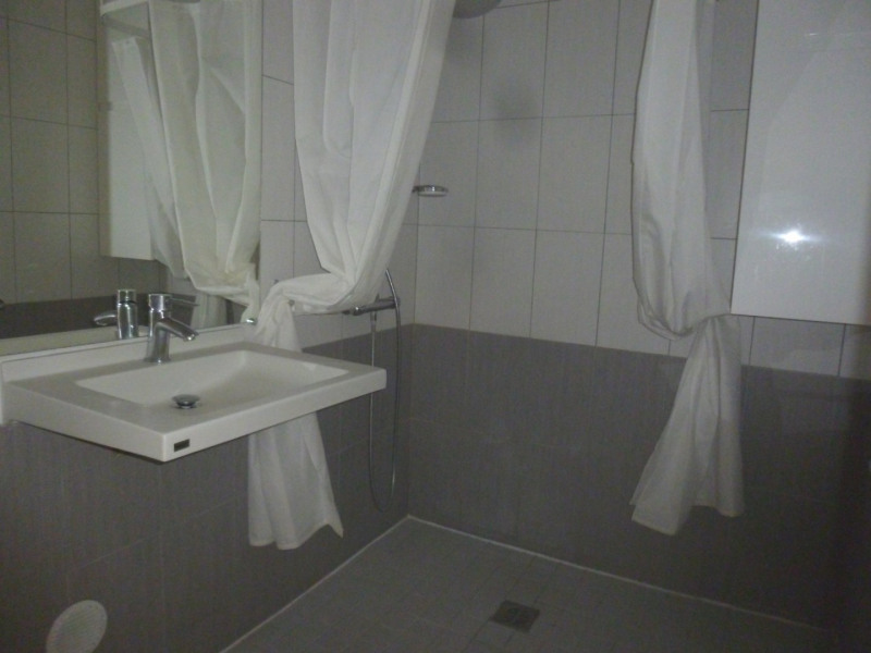 Sale apartment Grenoble 343000€ - Picture 6