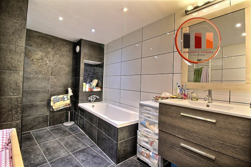 Sale apartment Charly 298000€ - Picture 6