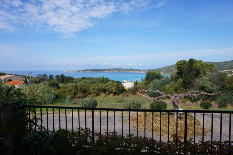 Vente appartement Cargese 365 000€ - Photo 1