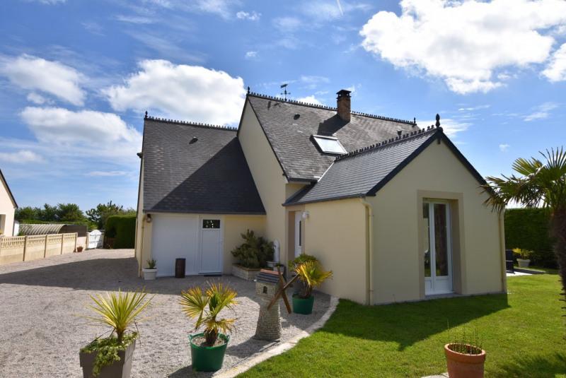 Sale house / villa St martin de varreville 165000€ - Picture 1