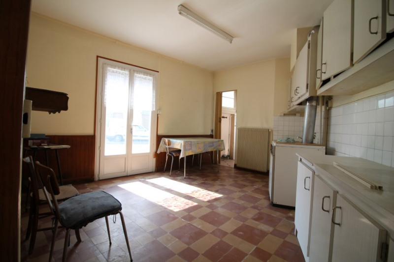 Vente maison / villa La chartre sur le loir 67500€ - Photo 4