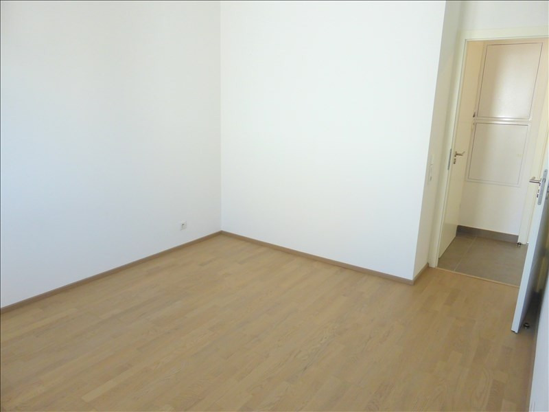 Rental apartment Ferney voltaire 1 805€ CC - Picture 5