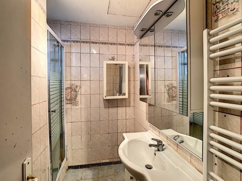 Sale house / villa Commequiers 243800€ - Picture 6