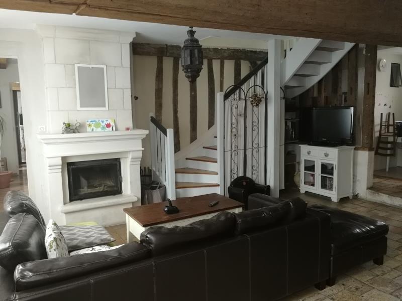 Sale house / villa Château-renault 169950€ - Picture 1