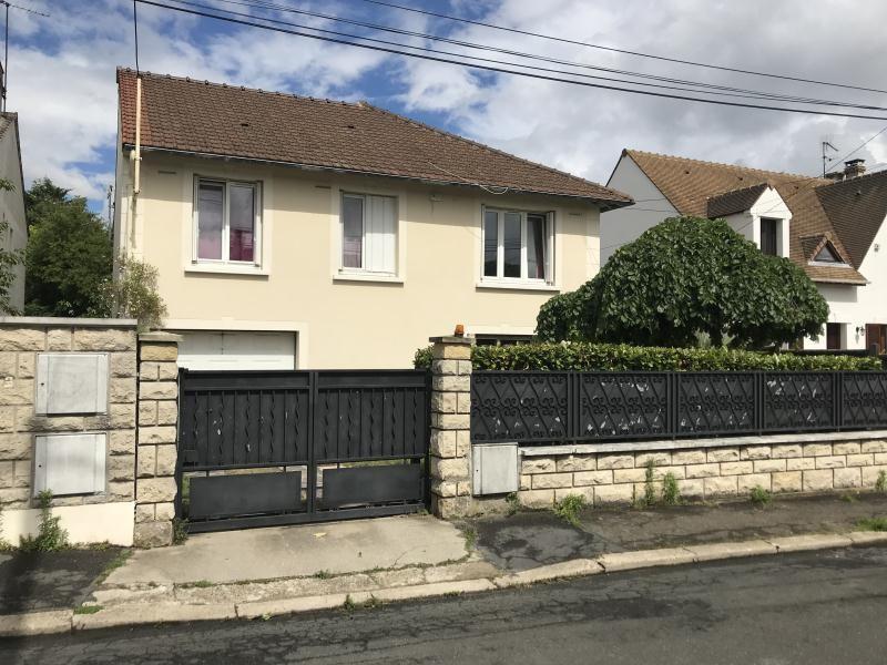 Sale house / villa Bezons 450000€ - Picture 1