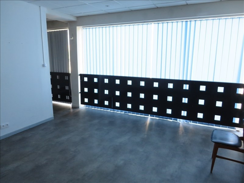 Rental empty room/storage Montpon menesterol 112€ HT/HC - Picture 2