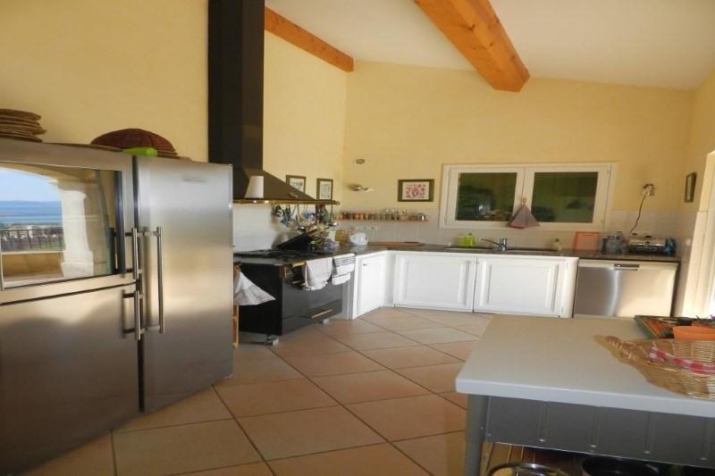 Deluxe sale house / villa Le lavandou 1299000€ - Picture 4