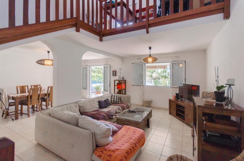 Vente maison / villa Saint pierre 312000€ - Photo 4