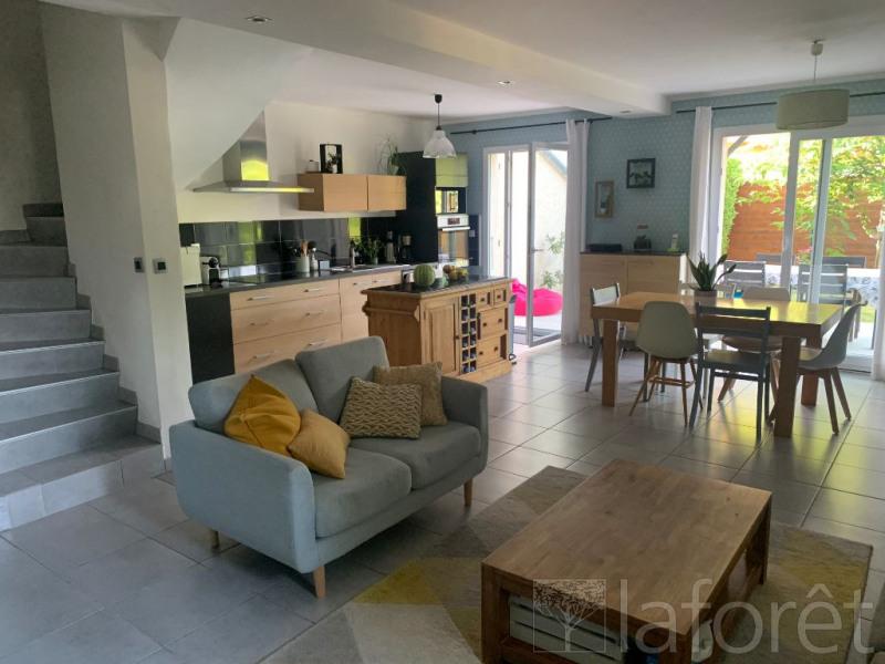 Rental house / villa Saint etienne de saint geoirs 850€ CC - Picture 2